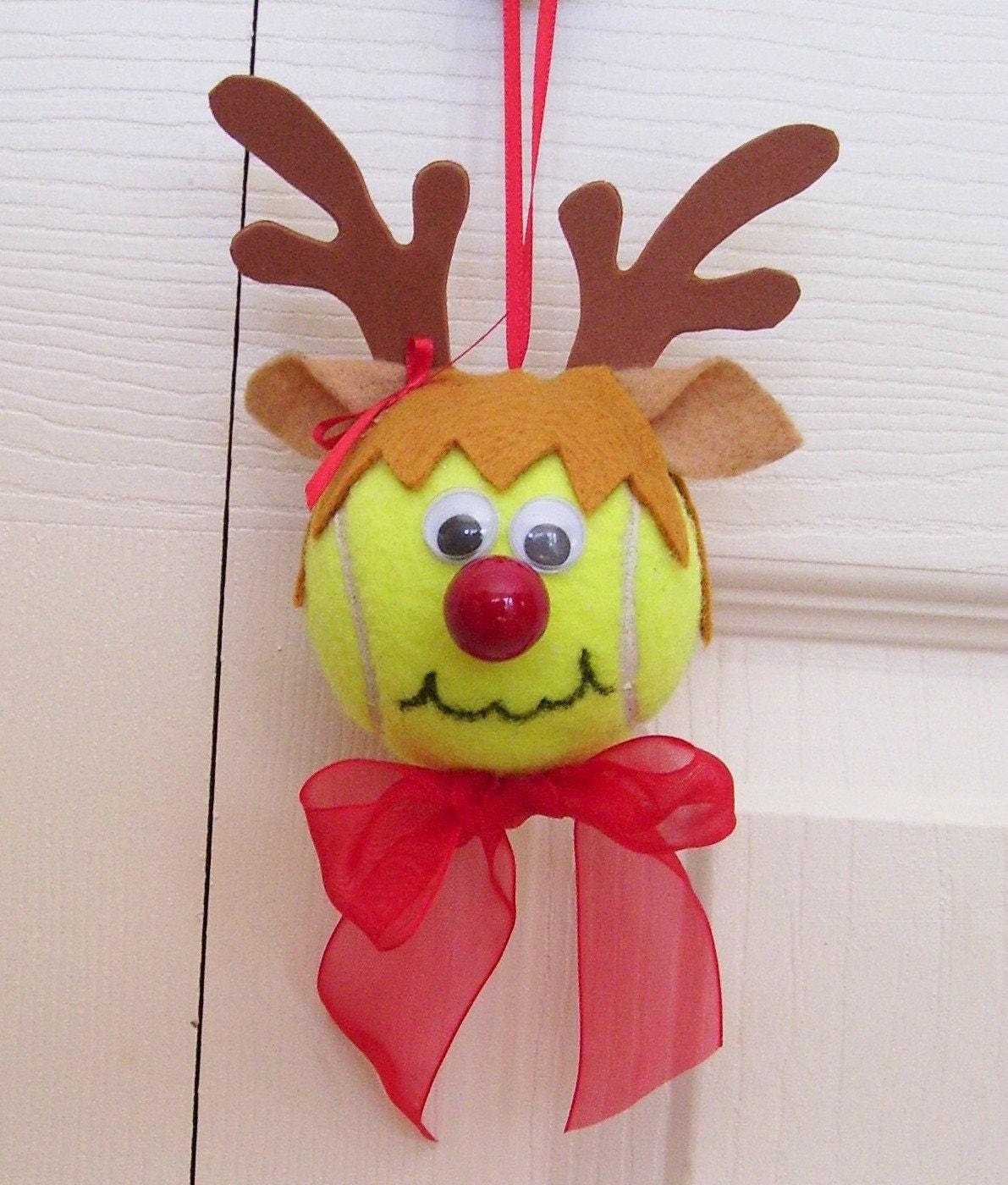Reindeer christmas ornaments -  Christmas Reindeer Ornament Tennis Ball Girl Zoom