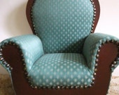 COME SIT BY ME Adorable Round back Easy Chair
