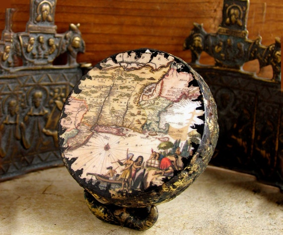 17th Century Map of New Belgium - New England - New York - American Colonial Era - Miniature Handmade Globe with Vintage Map Reproduction