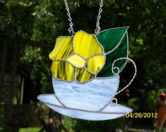Stained Glass Flower in Tea Cup