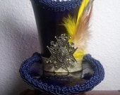 ON SALE -Steampunk Leather Mini Top-Hat, Navy blue and Gold. Vaudville, Burlesque, Victorian, Circus, Sideshow, Dress up, Cosplay, LARP,Goth, Dandy, Anime.