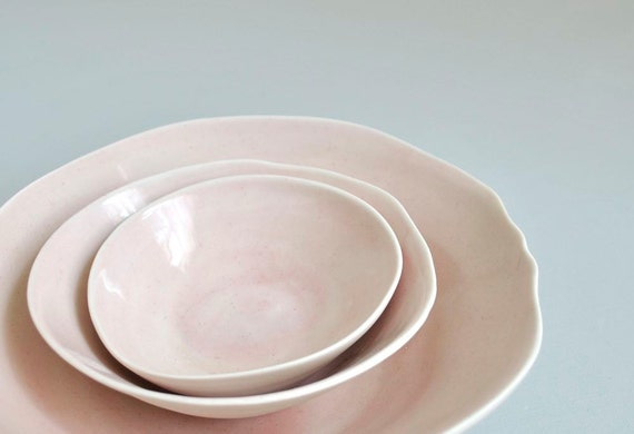 Porcelain Platter Bowls Set of Three in White and Pale Pink