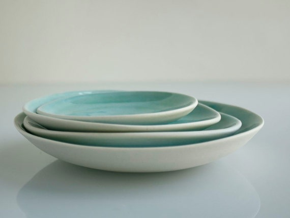 Small Stacked Plates Aqua Set