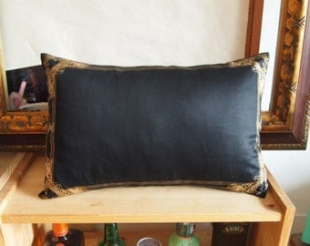 """Gold Lace Frame Pillow Cover-black and gold-12X18"""""""