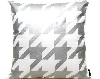 "SALE 20% OFF-Houndstooth Pillow Cover-silver printed in white cotton-16""(40CM)"