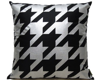 "SALE 20% OFF-Houndstooth Pillow Cover-silver printed in black cotton-16""(40CM)"