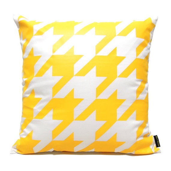 "SALE 20% OFF-Houndstooth Pillow Cover-Yellow printed in white cotton-16""(40CM)"