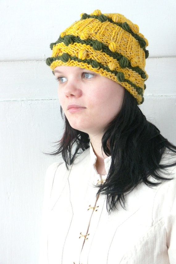 Spring Knit Green Yellow Hat with Dots