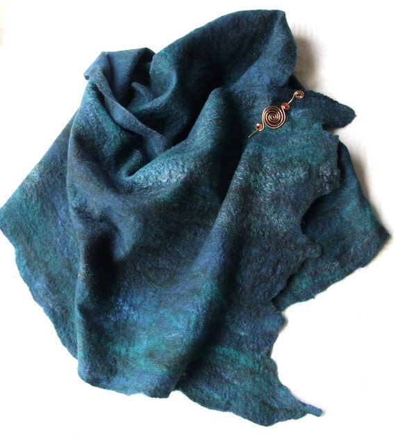 Fine Felted Shawl & Pin - Starry Night