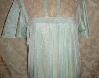 Vintage 70s Long Nightgown