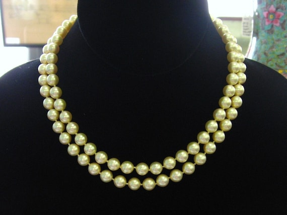 Vintage Majorica Double Strand Pearl Necklace