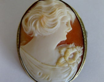 Vintage 1930's Carved Shell Cameo Brooch 10K Yellow Gold Fill