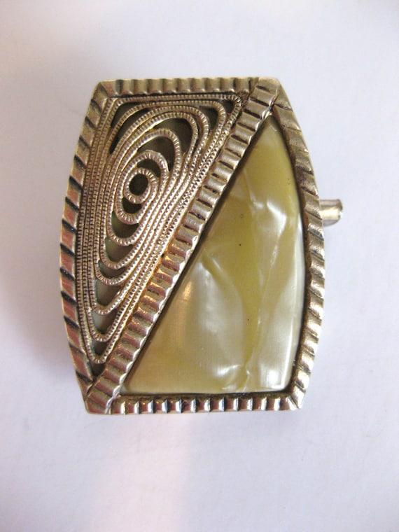 REDUCED Vintage Art Deco Era Filigree Brooch Czechoslovakia