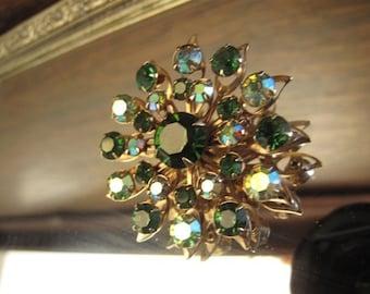 Vintage Emerald Green Rhinestone Brooch