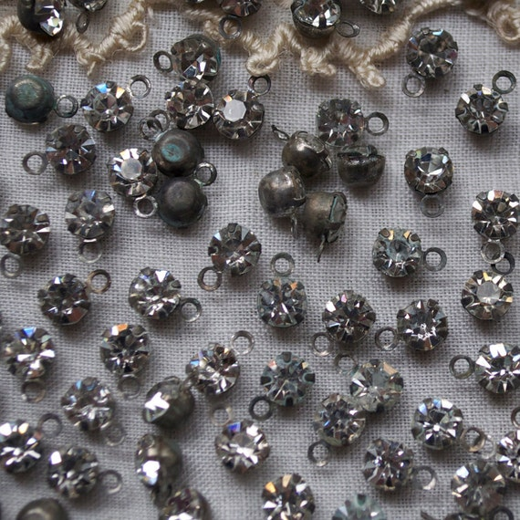 25 Classic Rhinestone Drops Charms 4.5 mm Stones Silver Toned
