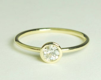 conflict Free Diamond Solitaire 14K Gold