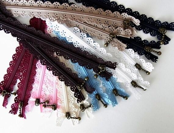 B I G discount- bulk buy 16 Japanese Lace Zippers 25cm no.9