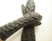Grey Wool Bella's Mittens. READY TO SHIP.