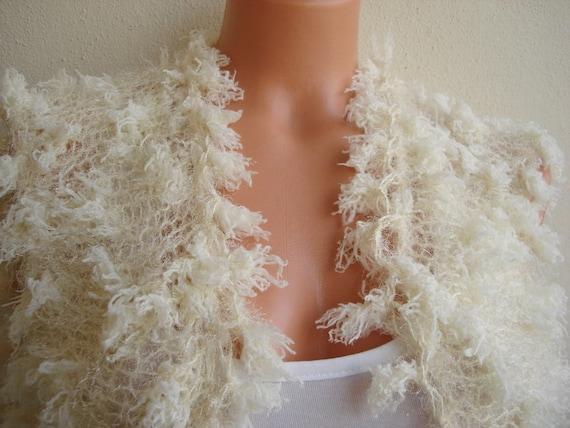 Cream Bridal Lacy knitt bolero fluffies Wrap Romantic Soft vest wedding accessories shrug