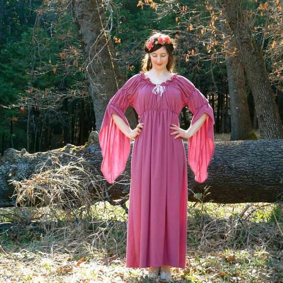 Renaissance Dress... Pink Ren Faire Gown... THE BLUSHING MAIDEN (large)