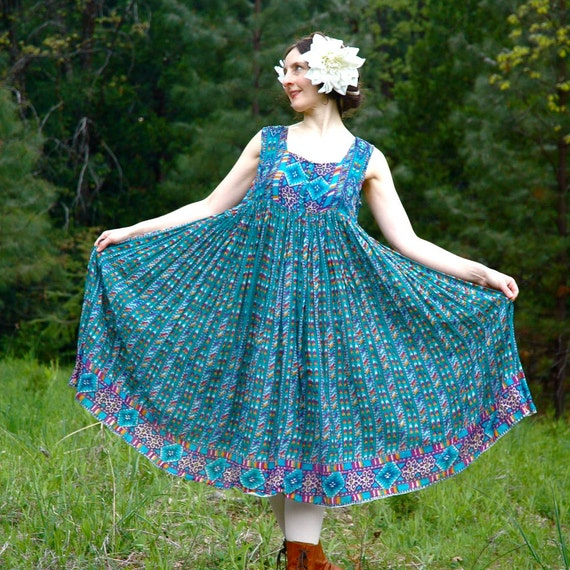 100% Cotton Hippie Dress... Summer Dress... Indian Cotton Sundress... GUATEMALAN DAYDREAM (large)