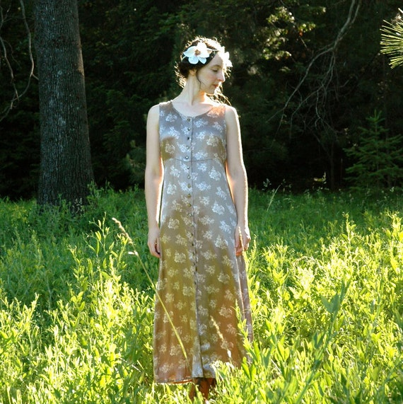 SALE... Silver Floral Evening Dress... Sleeveless 90s Maxidress... MOON GODDESS (xs/s)
