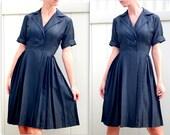 Vintage 1950s Stunning Dupioni Silk Pleated Office Chic Dress S-M
