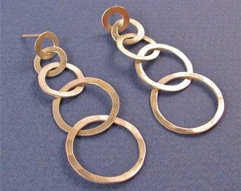 hammered sterling silver five graduated links post earrings