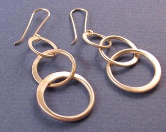 Sterling silver half-hammered graduated links dangle drop earrings