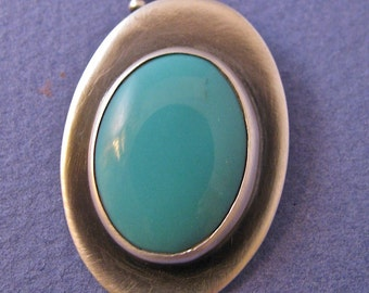 Oval turquoise sterling silver pendant necklace