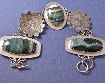 Flower power etched sterling silver bezel set cabs bracelet