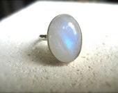 Luce della Notte - rainbow moonstone ring