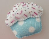 Cupcake Magnet - Blue and White Polka-Dots