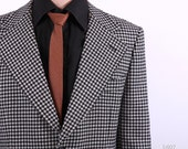 Mens Blazer . Houndstooth Blazer . 1960s Black and White Mens Jacket . Vintage Sport Coat . Checked Country Coat . Medium