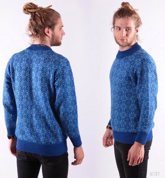 Vintage 70s Mens Wool Sweater / Blue Snowflake Pullover / S to M / USSR