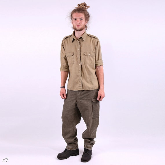 Linen Mens Shirt /Olive Green Military Style Patches Shirt / M