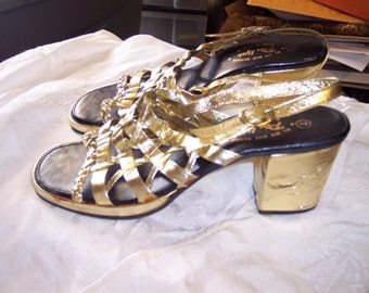 VINTAGE liquid   Gold slingback  Peeptoe heels shoes strappy heels    by Pinups  sz  7