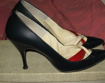1950  STILETTO heels by  JACQUES red white navy leather