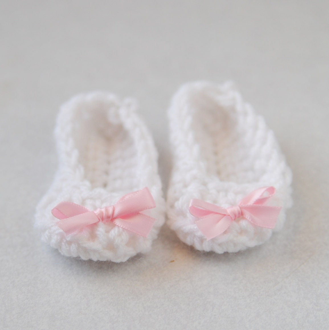 Baby Girl Newborn Booties Ballet flats White Pink by Kimberose