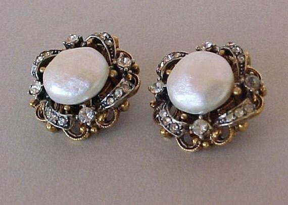 Vintage 50s ART Baroque Pearl Rhinestone Earrings