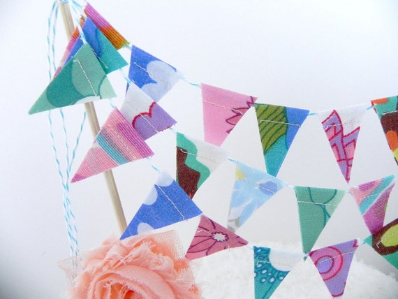 SALE LAST ONE Vintage Brights 3 Tier Cake Bunting Decoration