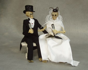 Skeleton Bride and Groom Wedding Cake Topper by PURPLEMADISON on Etsy