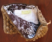 Pavalu pouch in Brown