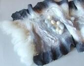 Nuno felted scarf ruffle shibori Grey White
