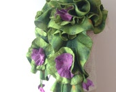 Felted  ruffle scarf  collar - Green Purple flower