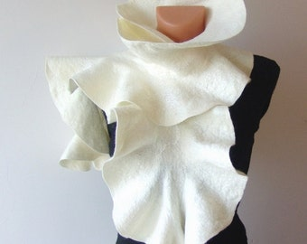 Felted scarf ruffle collar White ruffle scarf warm winter scarf by GalaFilc