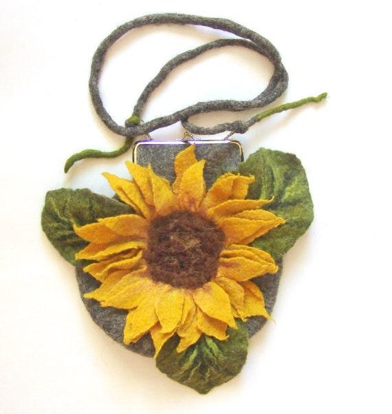 Felted handbag flower Sunflower