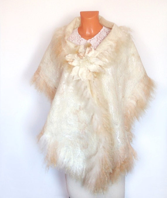 Felted scarf wrap Wedding Fur  White beige gift brooch cap