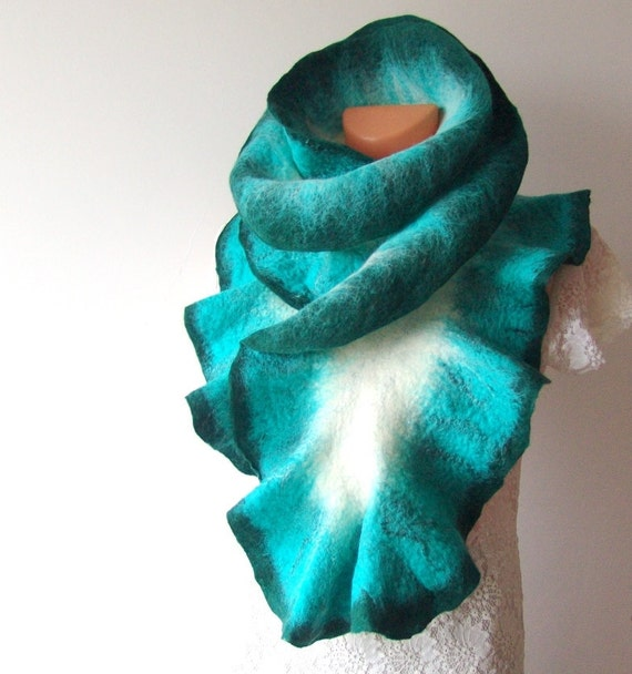 Felted scarf ruffle collar -  Teal white turquoise