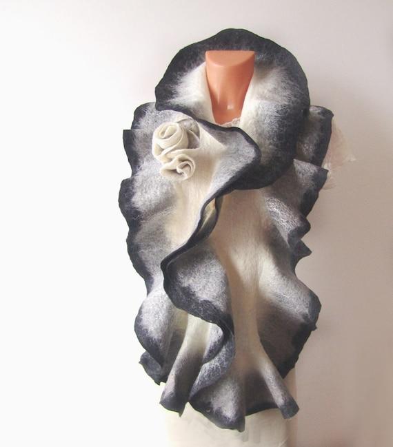 Felted scarf ruffle collar -  Grey white black